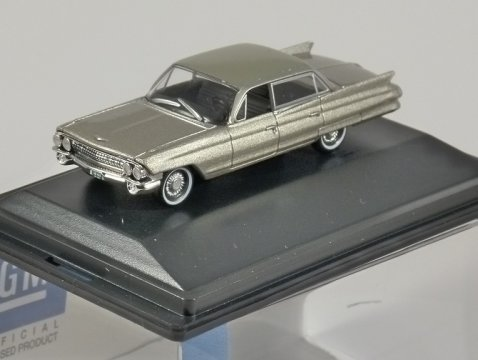 1961 CADILLAC SEDAN DEVILLE in Aspen Gold 1/87 scale model OXFORD DIECAST