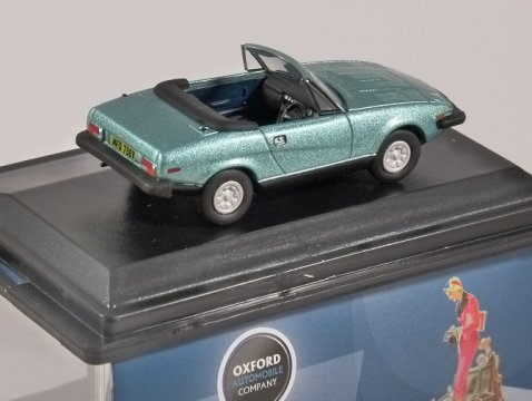 TRIUMPH TR7 in Persion Aqua Blue 1/76 scale model OXFORD DIECAST
