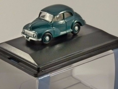 MORRIS MINOR MM Saloon in Green 1/76 scale model OXFORD DIECAST