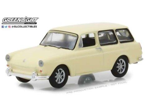 1966 VOLKSWAGEN TYPE 3 SQUAREBACK - 1/64 scale model GREENLIGHT