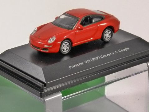 PORSCHE 911 (997) CARRERA S COUPE in Red 1/87 scale model WELLY