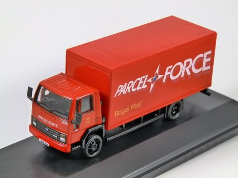 FORD CARGO BOX VAN Royal Mail Parcelforce 1/76 scale model OXFORD DIECAST
