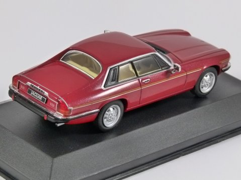 1982 JAGUAR XJ-S in Red 1/43 scale model by Whitebox
