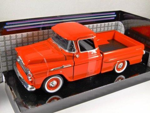1958 CHEVROLET APACHE FLEETSIDE PICKUP in Orange - 1/24 scale model by MotorMax