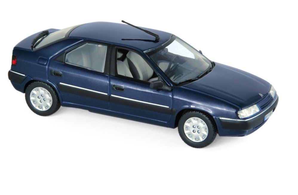 1993 CITROEN XANTIA in Mauritius Blue 1/43 scale model by Norev