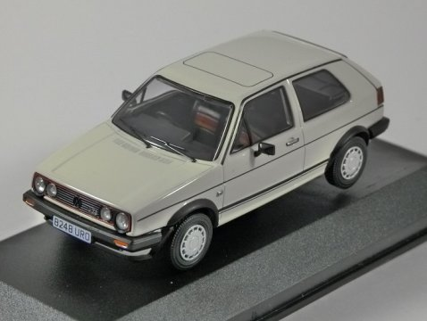 VOLKSWAGEN GOLF Mk2 GTi in White 1/43 scale model CORGI Vanguards