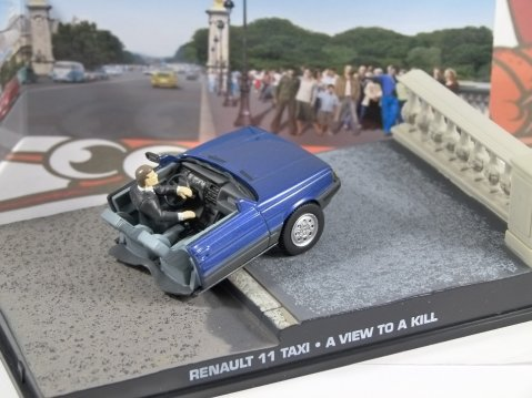 RENAULT 11 TAXI Half Car - View To A Kill 1/43 scale model James Bond Collection