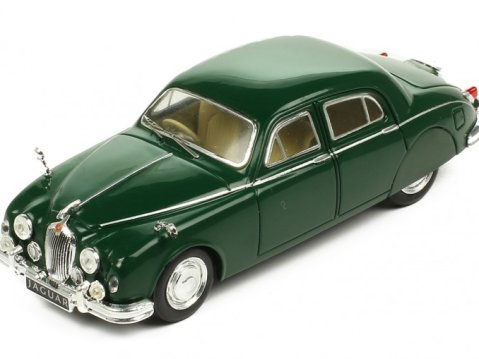 1957 JAGUAR Mk1 in Dark Green 1/43 scale model by IXO