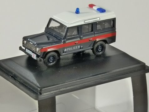 LAND ROVER DEFENDER LWB SW Hong Kong Police - 1/76 scale model OXFORD DIECAST