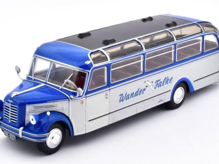 1952 BORGWARD BO 4000 Germany 1/43 scale classic bus model