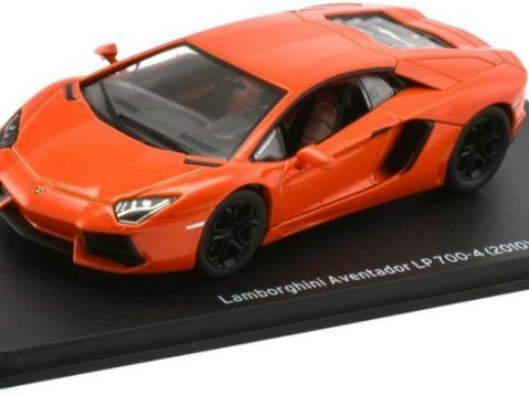 2010 LAMBORGHINI AVENTADOR LP700-4 in Orange 1/43 scale model