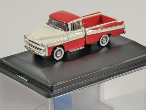 1957 DODGE D100 SWEPTSIDE PICKUP in Red 1/87 scale model OXFORD DIECAST