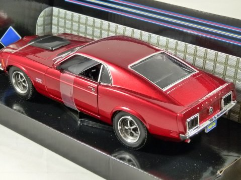 1970 FORD MUSTANG BOSS 429 in Metallic Red - 1/24 scale model by MotorMax