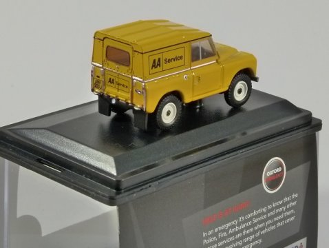 LAND ROVER Series III Hard Top - AA Service - 1/76 scale model OXFORD DIECAST