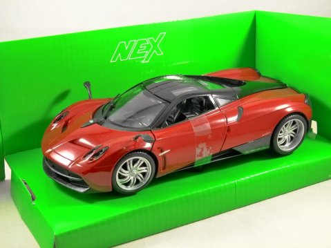 PAGANI HUAYRA in Dark Red 1/24 scale model by WELLY