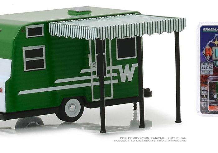 1965 WINNEBAGO 216 TRAVEL TRAILER 1/64 scale model by Greenlight