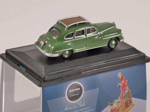 1946 - 48 DESOTO SUBURBAN in Green 1/87 scale model OXFORD DIECAST