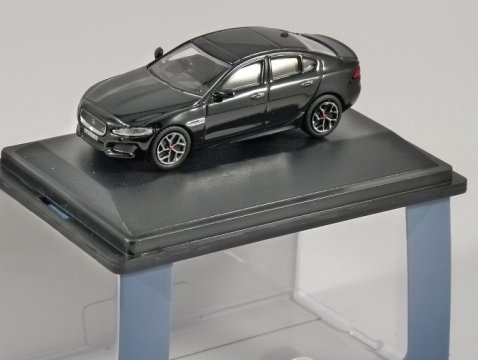 JAGUAR XE in Narvik Black 1/76 scale model OXFORD DIECAST