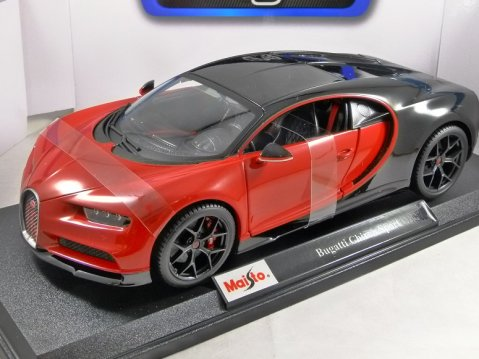 BUGATTI CHIRON SPORT in Red / Black 1/18 scale model MAISTO