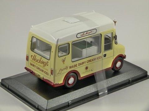 BEDFORD CF ICE CREAM VAN Hockings1/43 scale model by Oxford Diecast