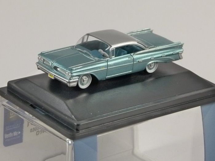 1959 PONTIAC BONNEVILLE COUPE in Seaspray Green 1/87 scale model OXFORD DIECAST