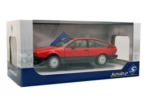 ALFA ROMEO GTV 6 in Red 1/18 scale model by SOLIDO
