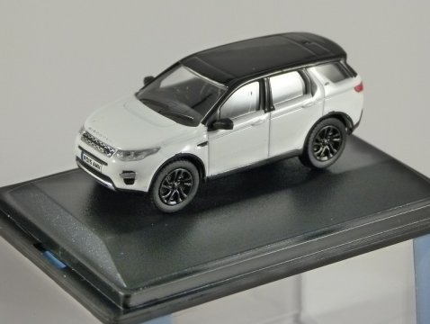 LAND ROVER DISCOVERY SPORT in Fuji White 1/76 scale model OXFORD DIECAST
