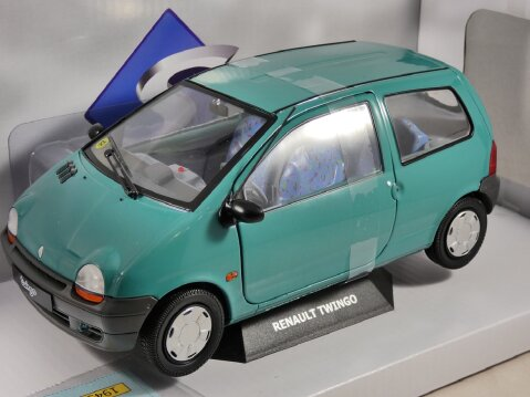 1993 RENAULT TWINGO Mk1 in Coriander Green 1/18 scale model by Solido