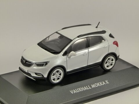 VAUXHALL MOKKA X in White 1/43 scale dealer model by iScale