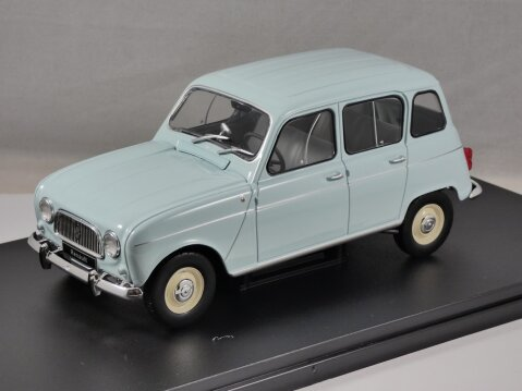 RENAULT 4 / 4L in Light Blue 1/24 scale model by Whitebox