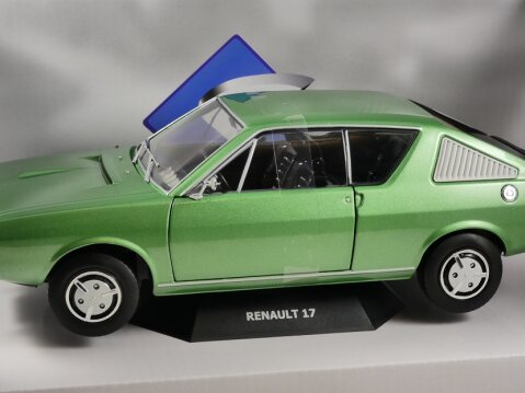 1976 RENAULT 17 TL Mk1 in Green 1/18 scale model by SOLIDO