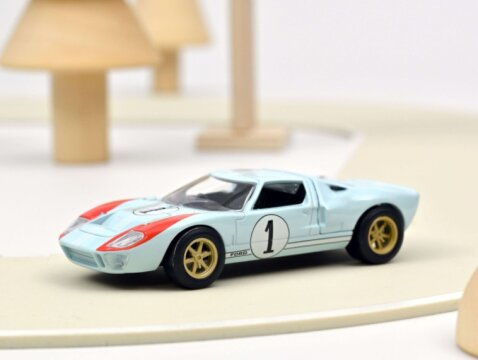 1966 FORD GT40 #1 1/43 scale model by Norev